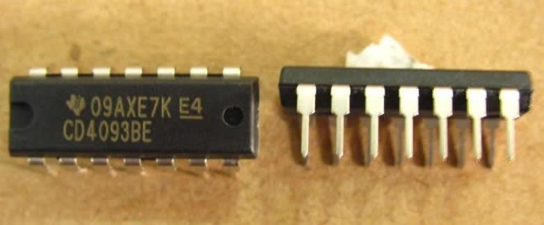 CD4093 DIP-14