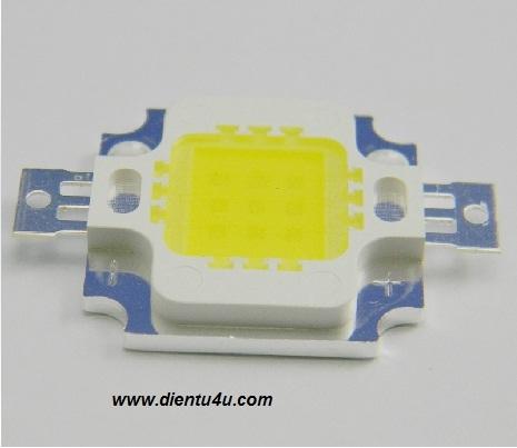 LED 10W 900-1000LM sáng trắng